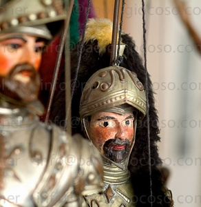 SICILIAN PUPPETS ON STRING [ethnography & lifestyle]